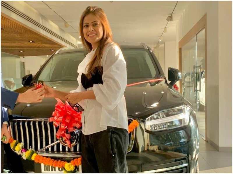 Nia Sharma with her new car