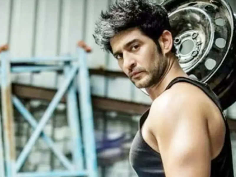 Hiten Tejwani wants to have a minimum notice period before any show is shut down abruptly (BCCL)