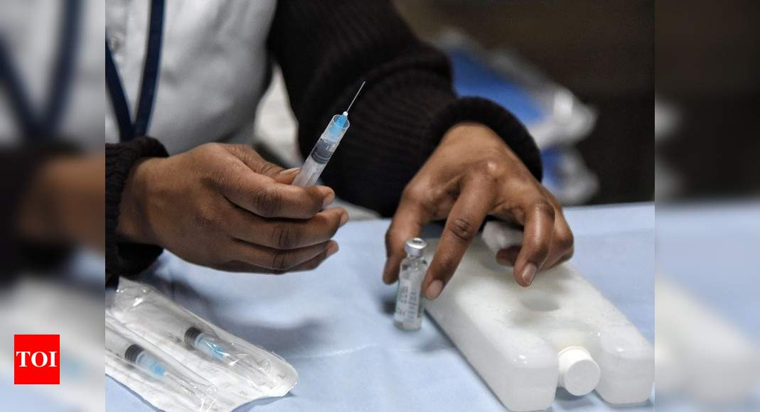 Number of people vaccinated against Covid-19 more than double number of active cases: Govt