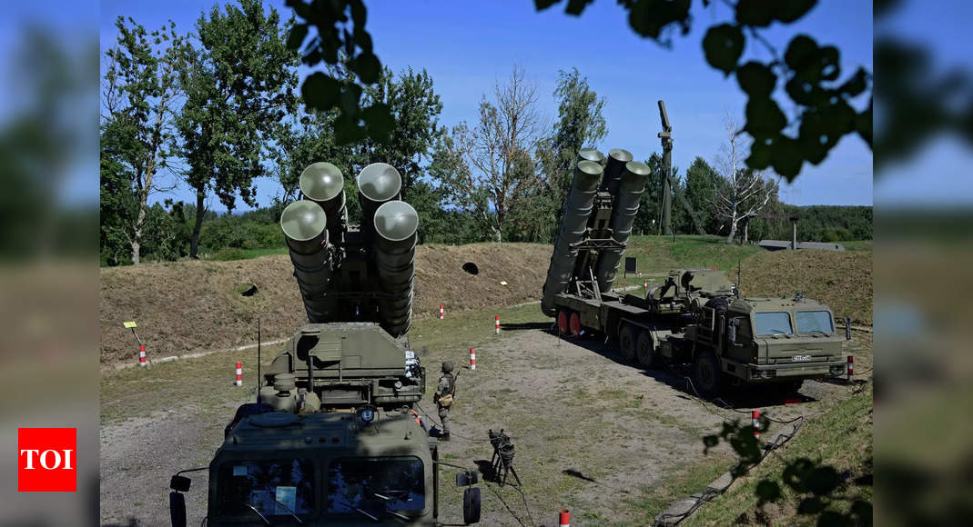 India's induction of S-400 missile systems will further strengthen strategic partnership: Russian envoy