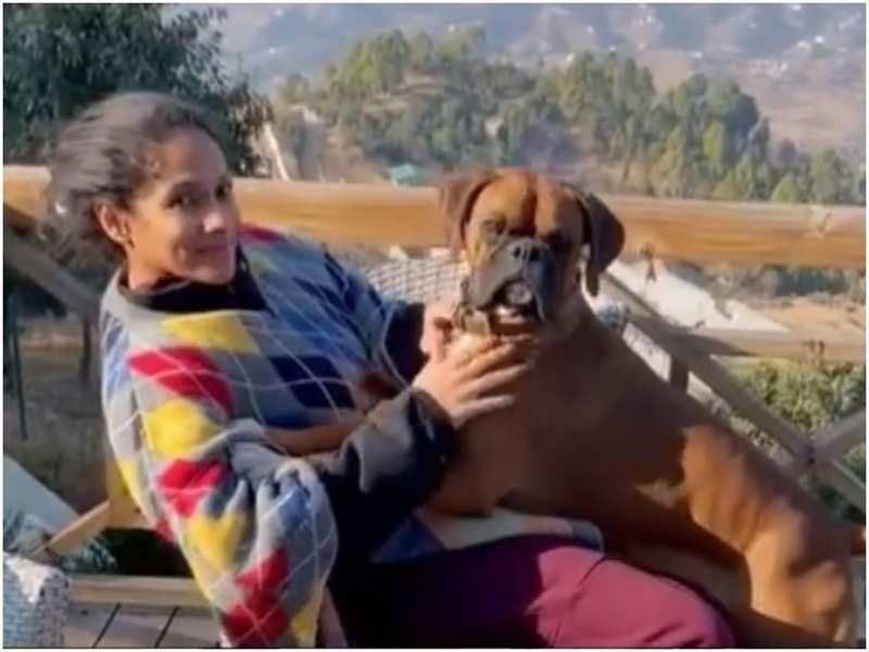 Masaba Gupta with her pet