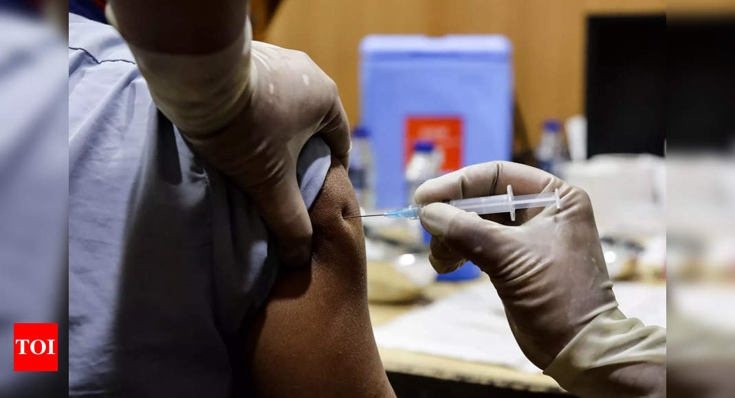 Total 6.31 lakh healthcare workers got Covid-19 vaccine jabs till Tuesday evening: Centre