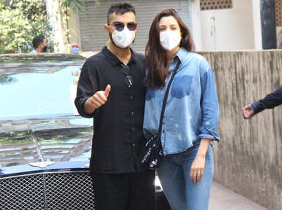 Virushka's 1st appearance since baby's birth