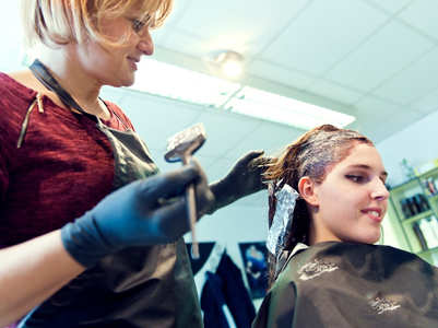 All the harmful side effects of getting your hair bleached