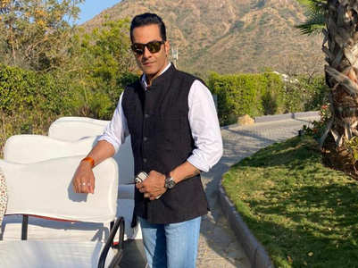 Sudhanshu: Fame comes with love and hatred