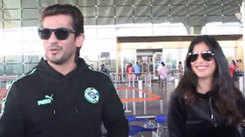 Twinning and winning! Arjun Bijlani and his wife Neha Swami spotted at Mumbai airport