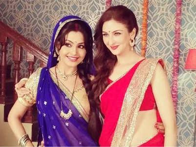 Shubhangi misses her former co-star Saumya