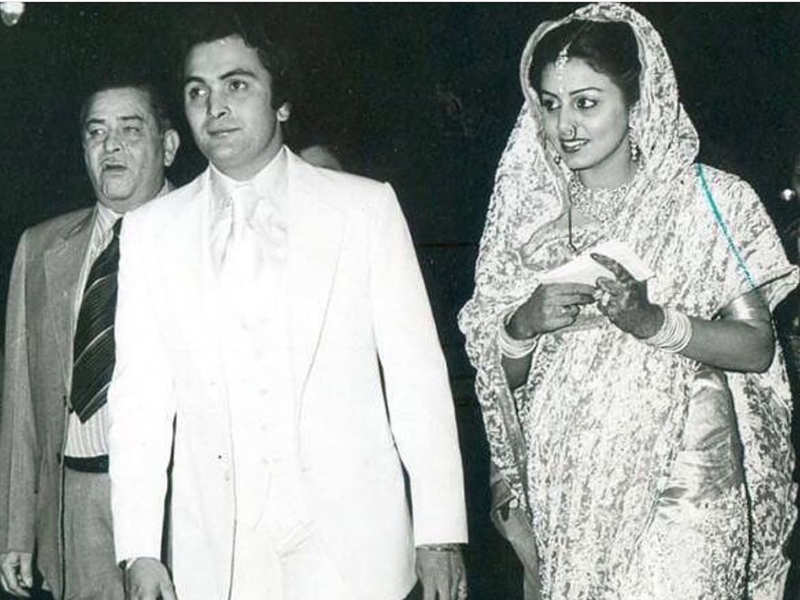 """Pinkie Roshan pens an emotional note on Rishi-Neetu Kapoor's anniversary, """"We know you are always with her"""""""