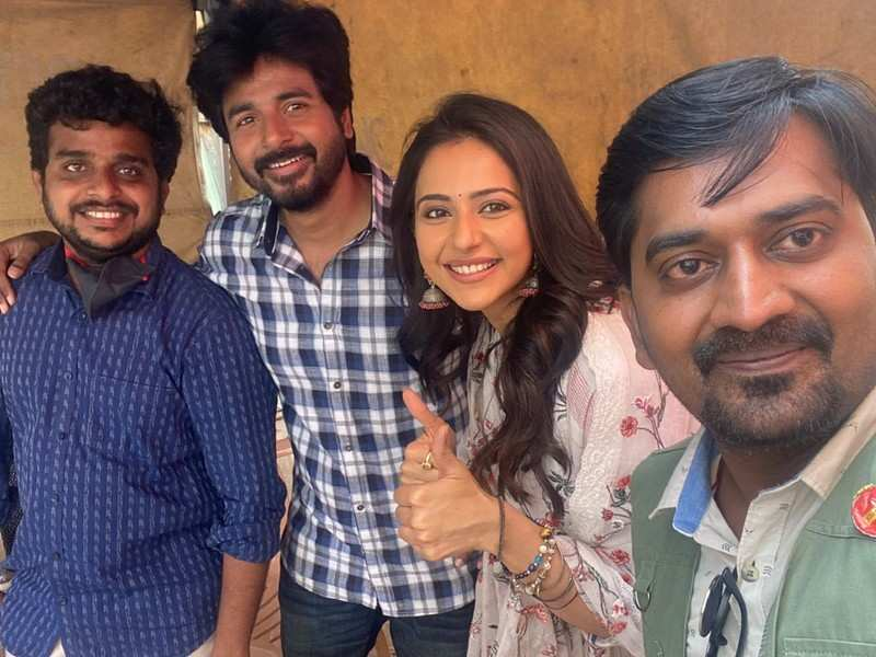 Sivakarthikeyan's 'Ayalaan' needs 10 more months to wrap up the film graphic; read details
