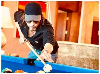 SRK playing billiards in style: Pic