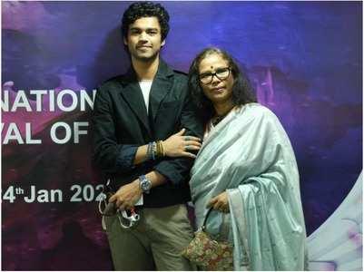 Irrfan's wife Sutapa, son Babil attend IFFI