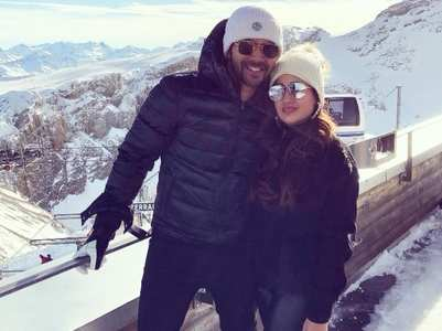 Check out Varun's GF Natasha's Instagram DP