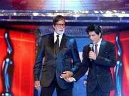 Did you know Shah Rukh Khan's role in 'Dilwale' was inspired by Amitabh Bachchan's character in 'Hum'?