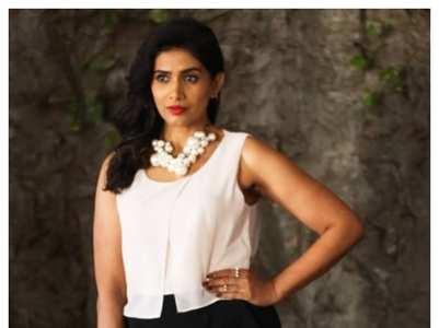 10 mesmerising looks of Sonali Kulkarni