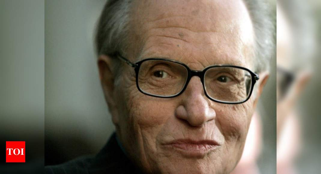 Larry King, broadcasting giant, dies at 87