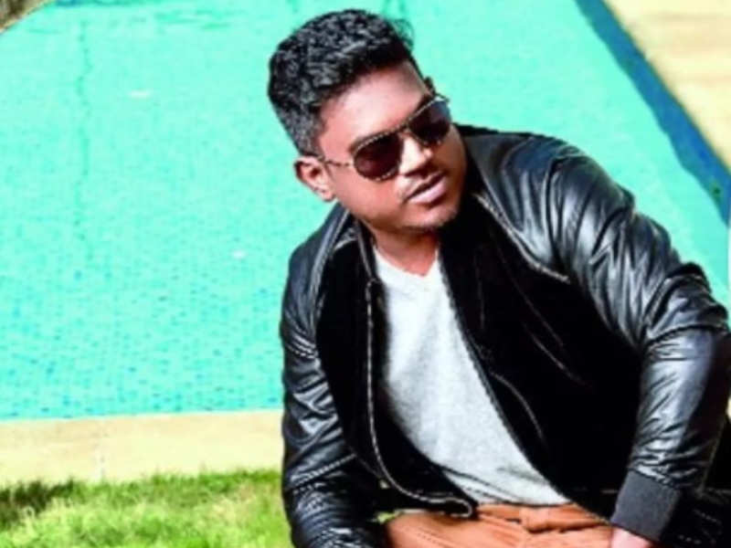 Yuvan Shankar Raja clarifies about financial dealings related to his production house