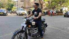Exclusive! Eijaz Khan, who exited the Bigg Boss house for a work commitment, was spotted shooting at Horniman Circle