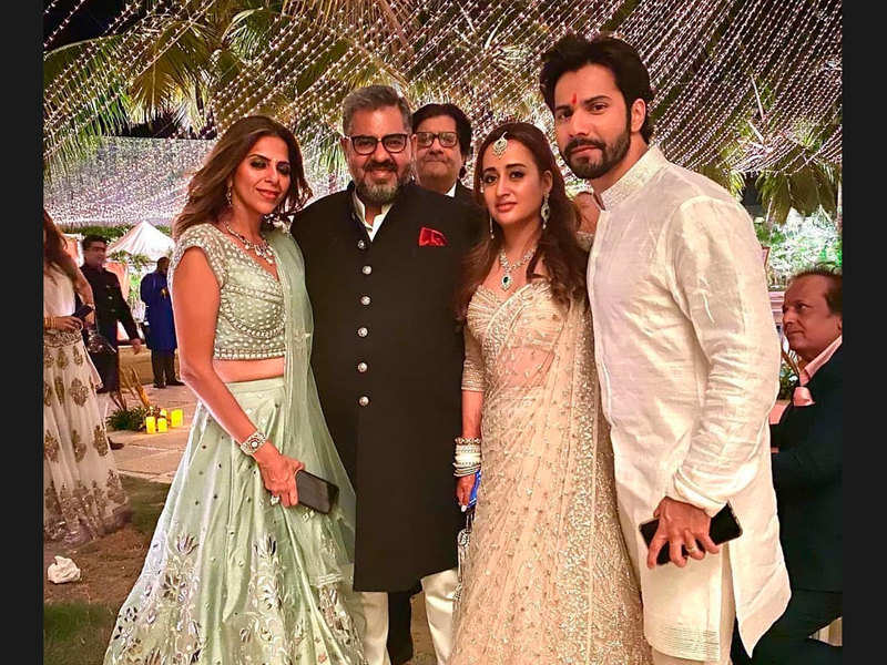 Inside pictures from Varun Dhawan and Natasha Dalal's wedding