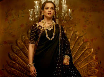 Kangana celebrates #2YearsofManikarnika