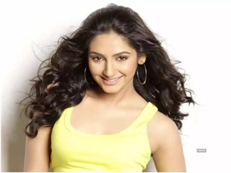 Ragini Dwivedi walks out of jail after four and a half months