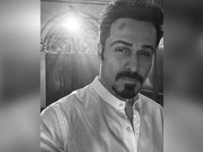 Emraan shares a pic from a night shoot