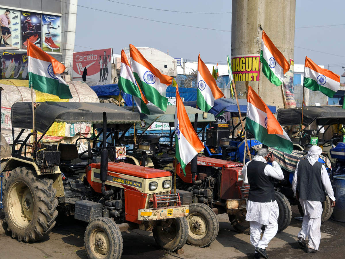 R-Day parade & tractor rally have cops on tenterhooks | India News - Times of India