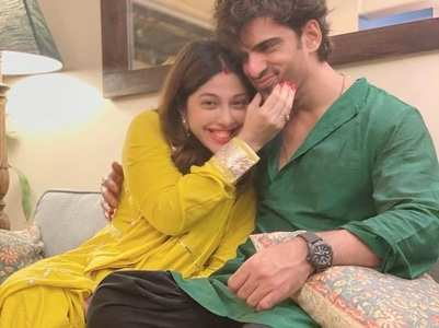 Aditi 'can't wait' to meet hubby Mohit