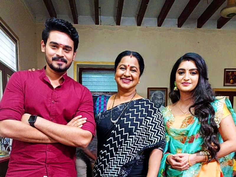 Surendar Shanmugam and Harika Sadu all excited about Mahasangamam episodes of Thirumugal and Chithi 2 (Photo - Instagram)