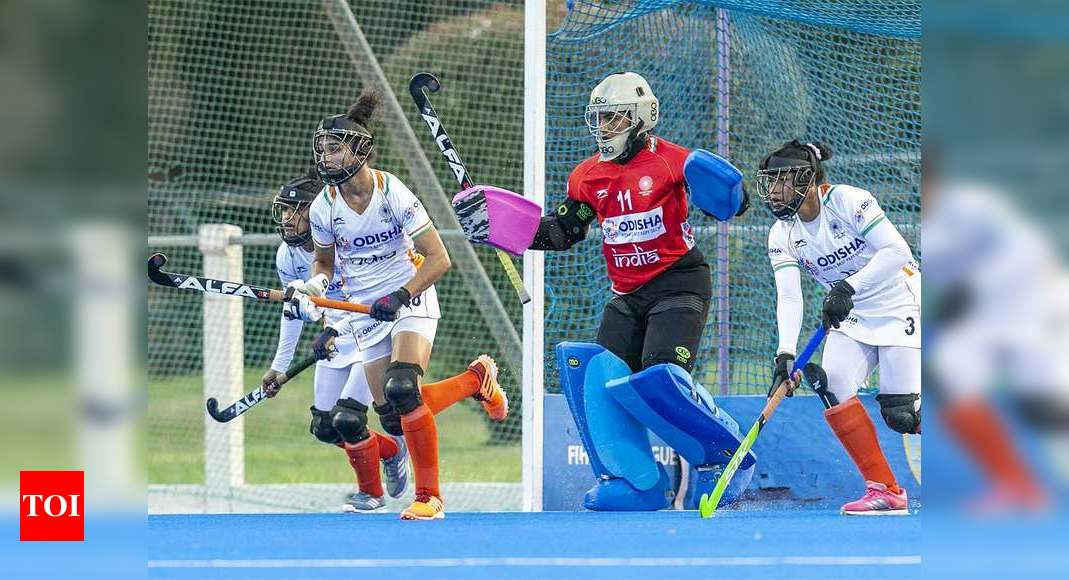 Indian women's hockey team loses 2-3 to Argentina