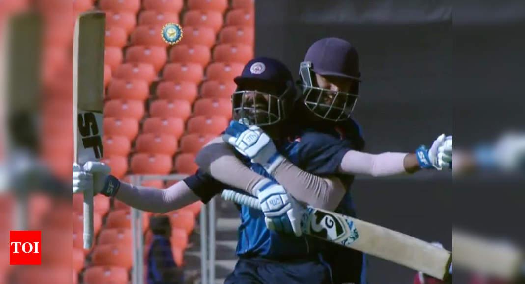 Mushtaq Ali Trophy: Vishnu Solanki's last-ball six fires Baroda into semis