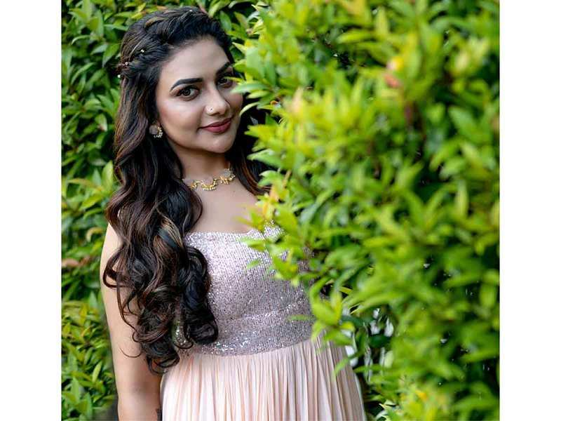 Rimi Tomy: I would have felt bad if Royce didn't remarry - Times of India