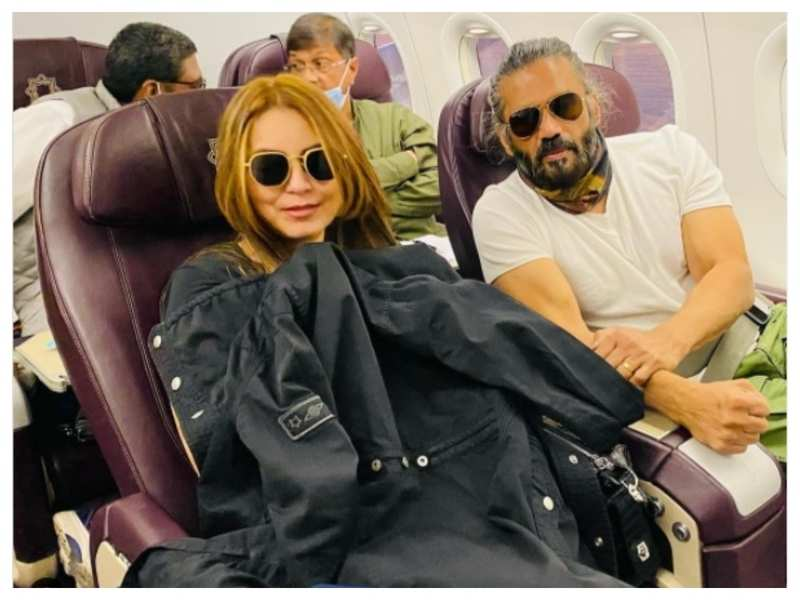 THIS picture of Mahima Chaudhry and Suniel Shetty is sure to give you 'Dhadkan' feels