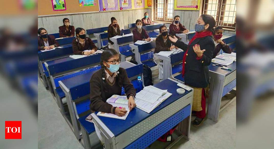 Cut back faculty charges to assist lockdown-hit mother and father: Maha BJP MLA – Times of India