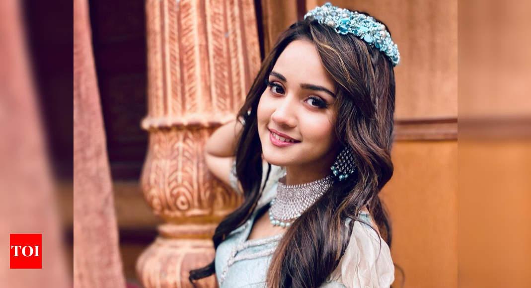 Aladdin Naam Toh Suna Hoga actress Ashi Singh writes a long note as she signs off as Yasmine - Times of India