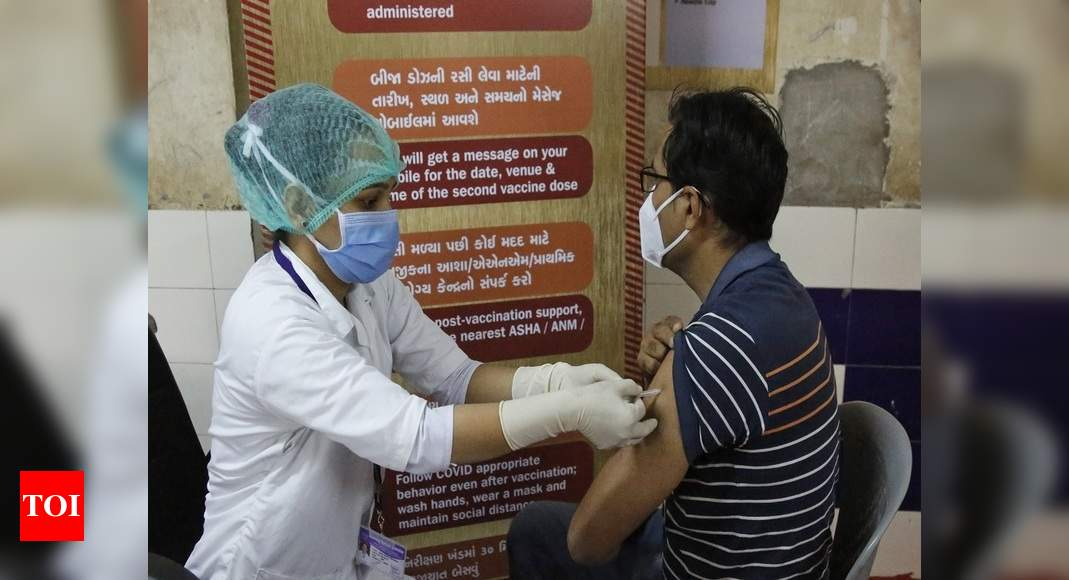 Centre urges states/UTs to exponentially increase pace of Covid-19 vaccination - Times of India