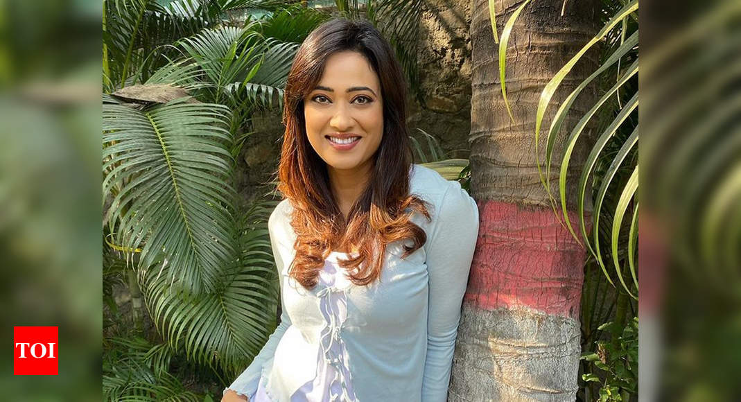 Shweta Tiwari reveals the secret behind her weight loss in a post; says 'You need lot of dedication, lot - Times of India