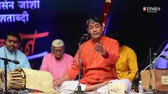 Pandit Shrinivas Joshi held Puneites captive with 'Rajas Sukumar' at Abhivadan