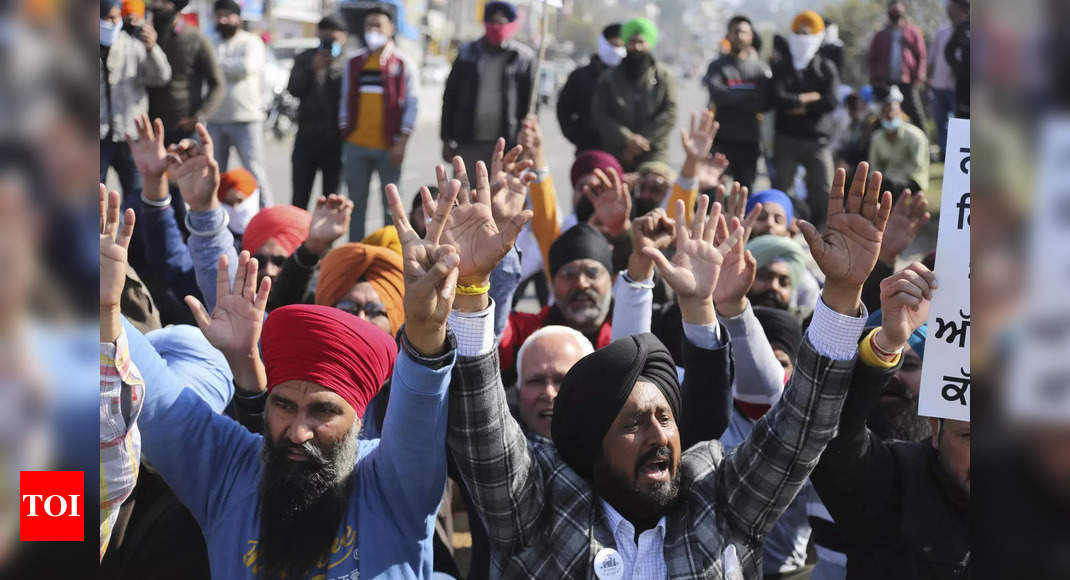 Commercial on farmers' protest played in California during Super Bowl - Times of India