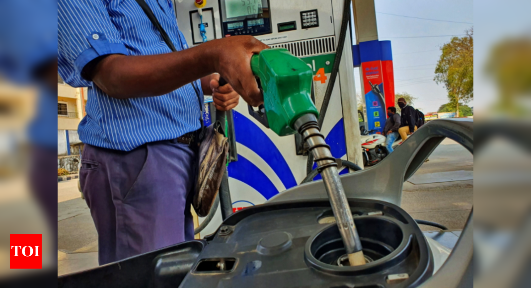 Petrol with additives cross Rs 100 mark in Maharashtra's Parbhani district - Times of India