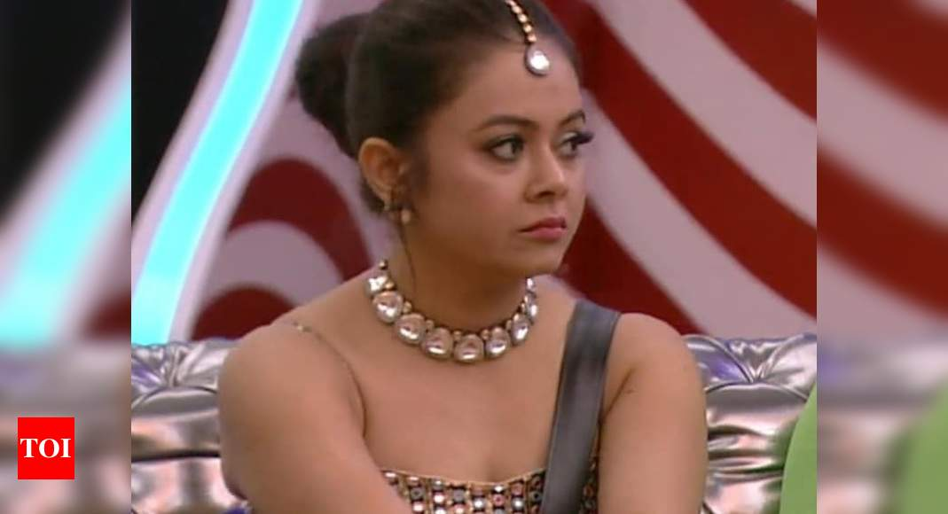 Bigg Boss 14: Devoleena Bhattacharjee gets evicted; slams 'supporter' Paras Chhabra for being a 'girgit' - Times of India