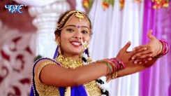 Bhojpuri Bhakti Geet: Latest Bhojpuri Devi Geet 'Karishma Mai Ke' Sung by Karishma
