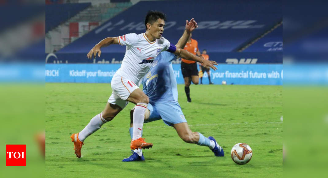 ISL: Chhetri, Cleiton star as Bengaluru FC beat Mumbai City 4-2 | Football News – Times of India