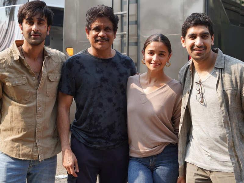 Nagarjuna announced the wrap of 'Brahmastra' with Ranbir Kapoor and Alia Bhatt – view pics