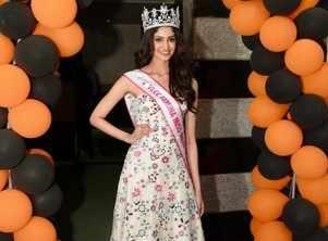 I wish to make Hyderabad proud on the world stage: VLCC Femina Miss India World 2020 Manasa Varanasi during her visit to VLCC
