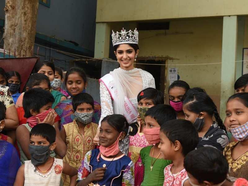 VLCC Femina Miss India World 2020 Manasa Varanasi shares her inspiring journey during a visit to a children's home in Hyderabad