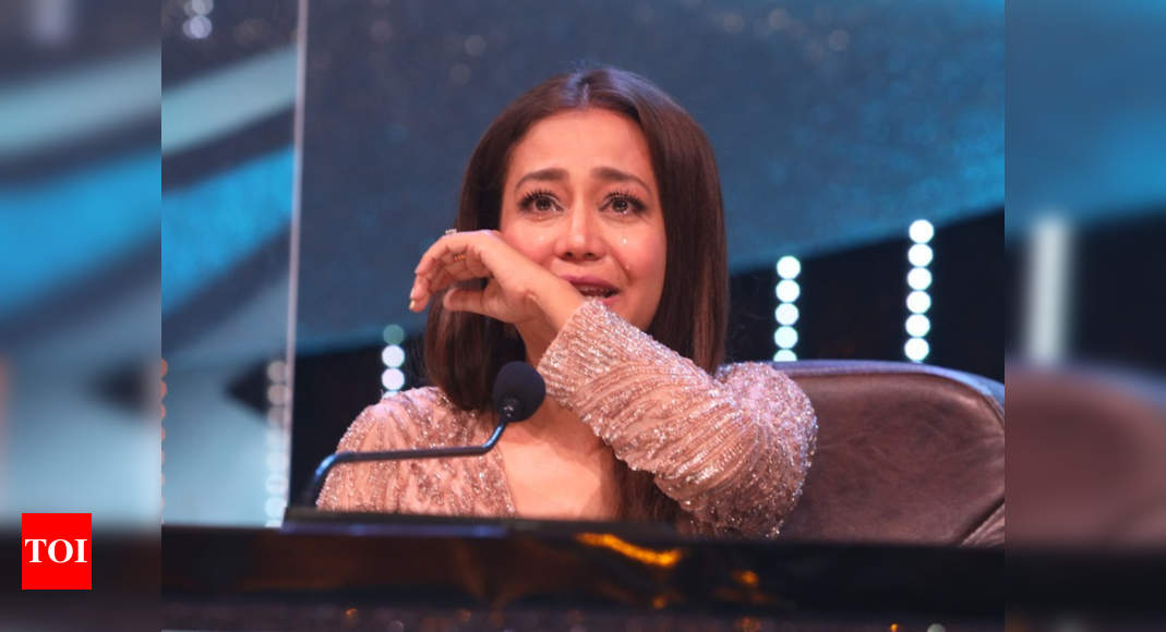 Indian Idol 12: Neha Kakkar opens up about anxiety, 'My body issues disturbed me a lot' - Times of India
