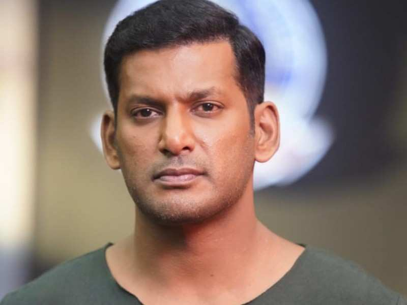 Vishal finds a solution for the smooth release of 'Chakra'