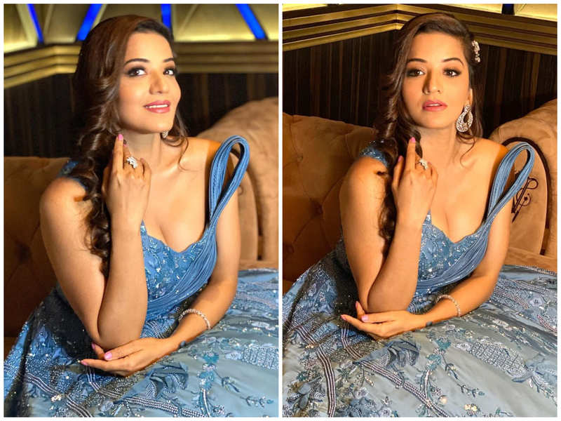 Pic: Monalisa looks like a princess in this gorgeous blue gown
