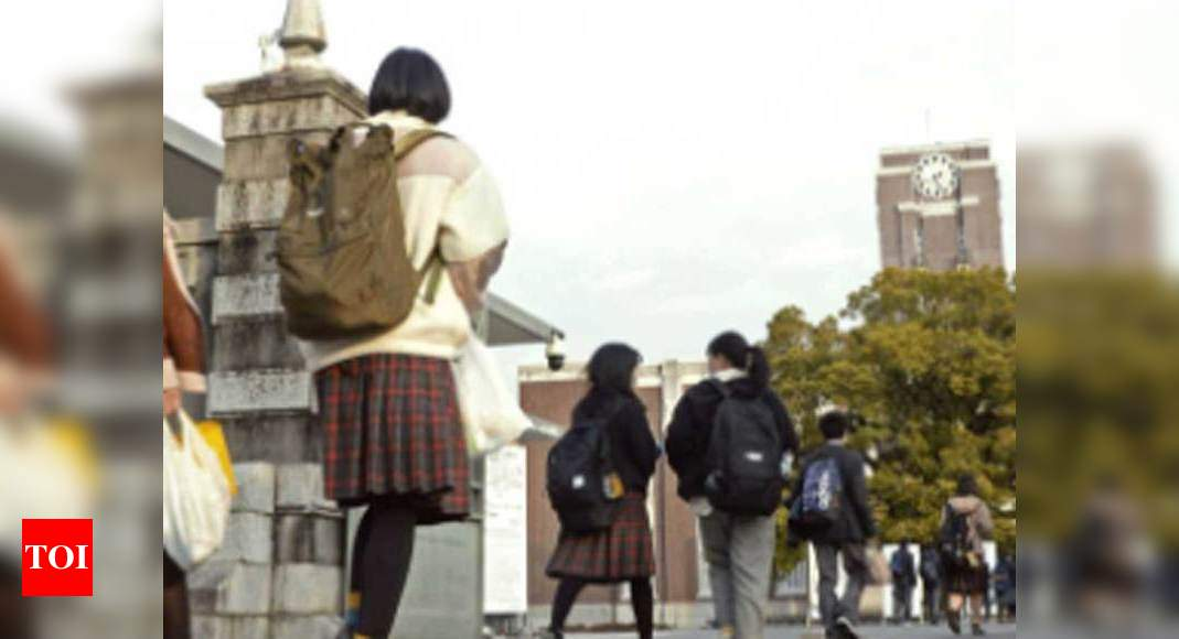 5,800 students left school in Japan in 2020 due to Covid-19 pandemic – Times of India