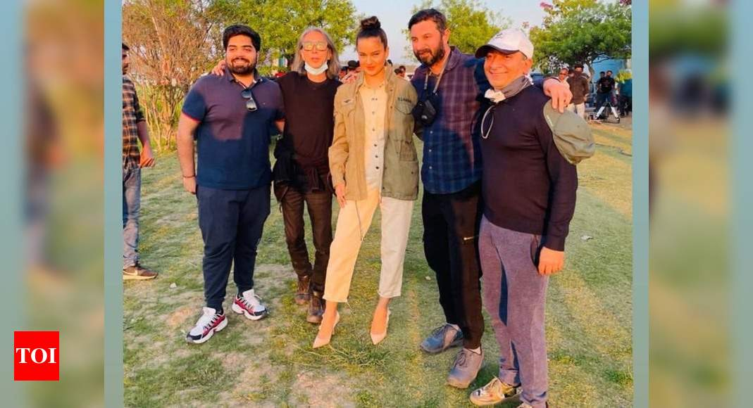 Kangana Ranaut wraps up shooting for action entertainer 'Dhaakad' - Times of India